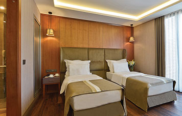 bluewayhotelcity-executive-oda-356-228